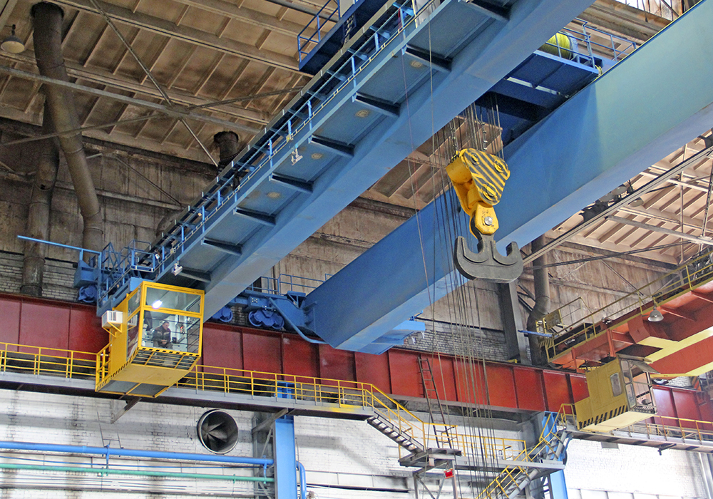 Bridge electric crane 