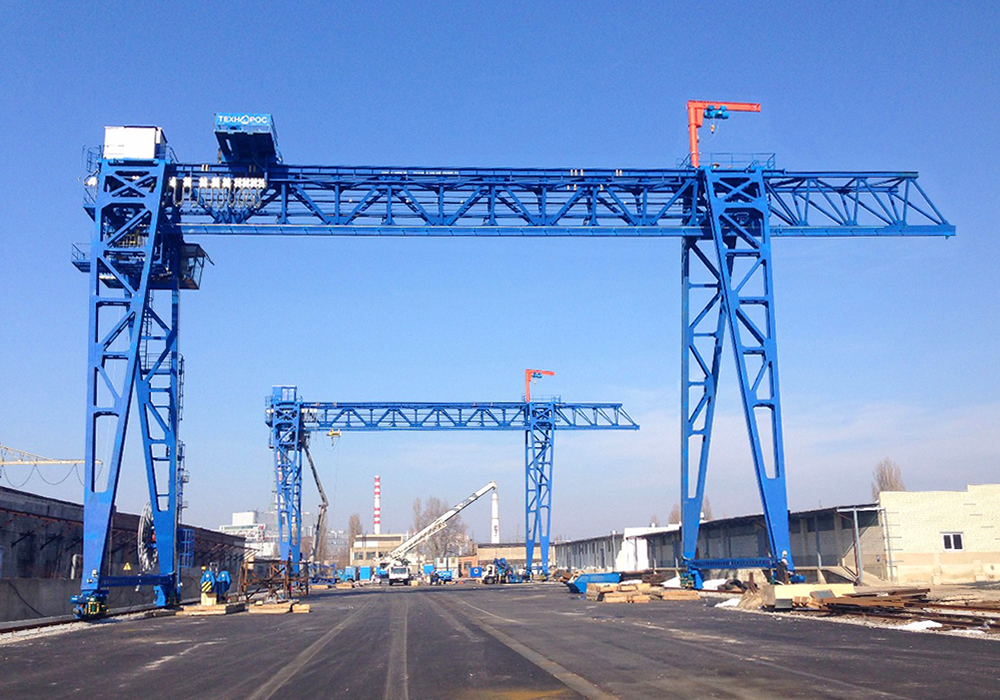 Gantry hook cranes 
