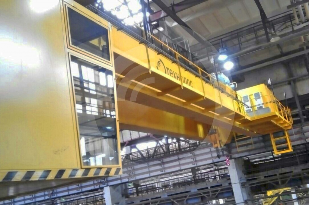 Bridge special crane, lifting capacity 30 t